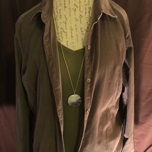 Corduroy long sleeve tunic button up.